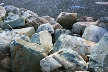 Some of the rocks from the beach of Hall's Harbour. (was to be a header photo, we'll see)
